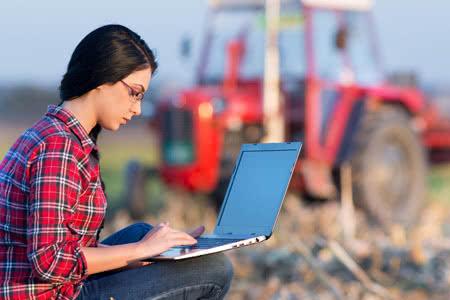 Lieblings Traktor Versicherung » VersicherungsCheck24 &TG_56